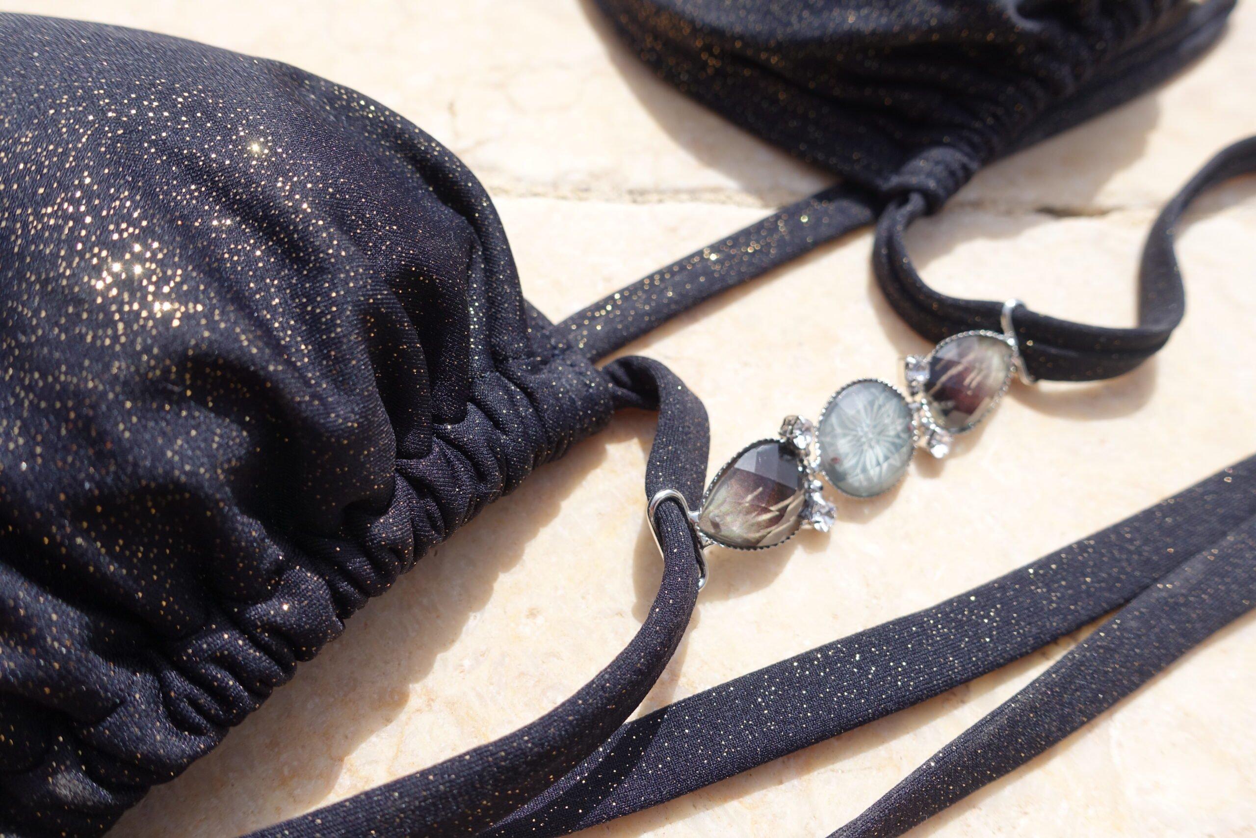 Le bijou amovible s'invite sur votre Bikini ! Une nouveauté Claudia Lion Beachwear.